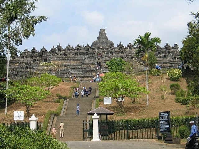 Borobudur-01