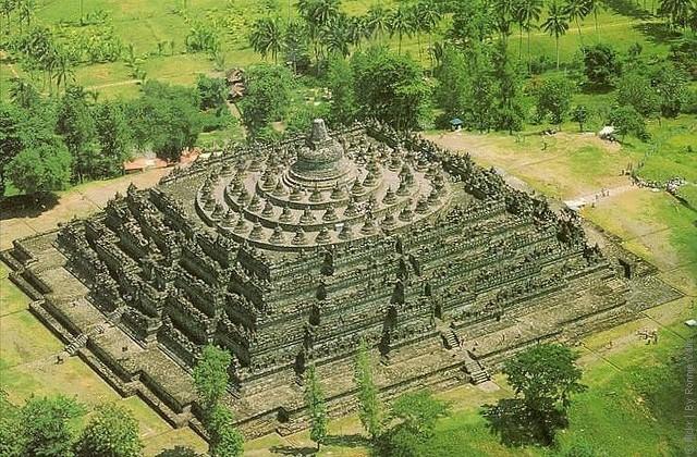 Borobudur-02