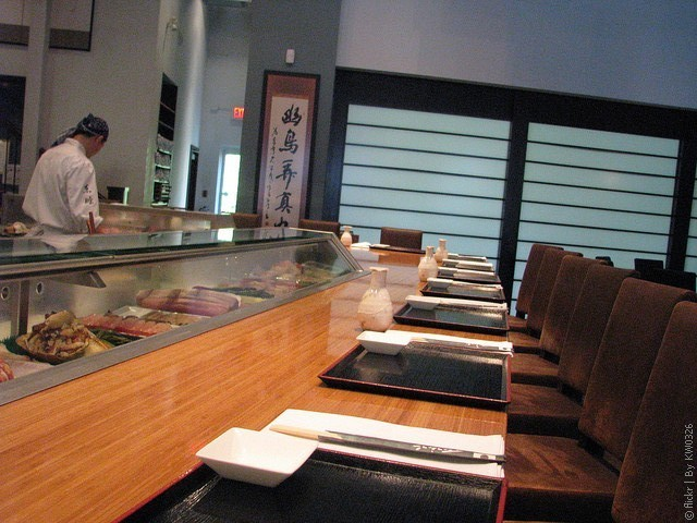 Ресторан Tojo's 10