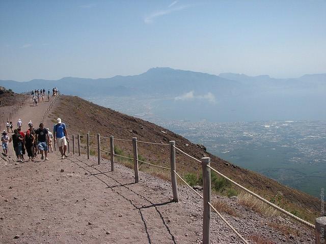 Vesuvius-10