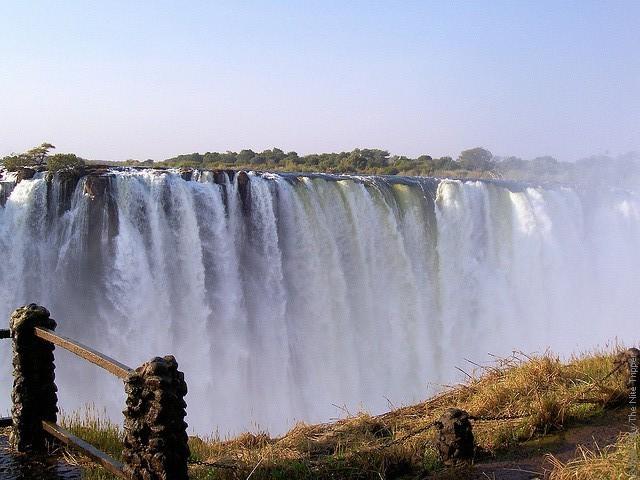 Victoria-Falls-09