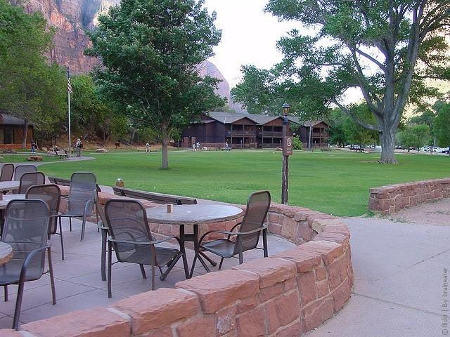 Zion-Lodge-12