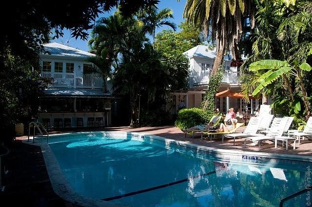 hotel-Gardens-01