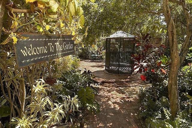 hotel-Gardens-10