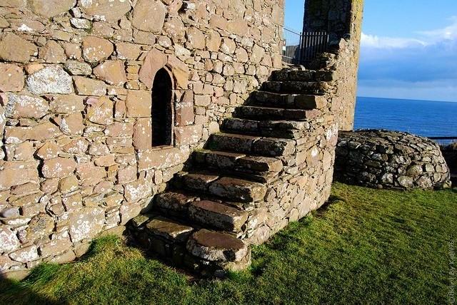 Замок Данноттар 06