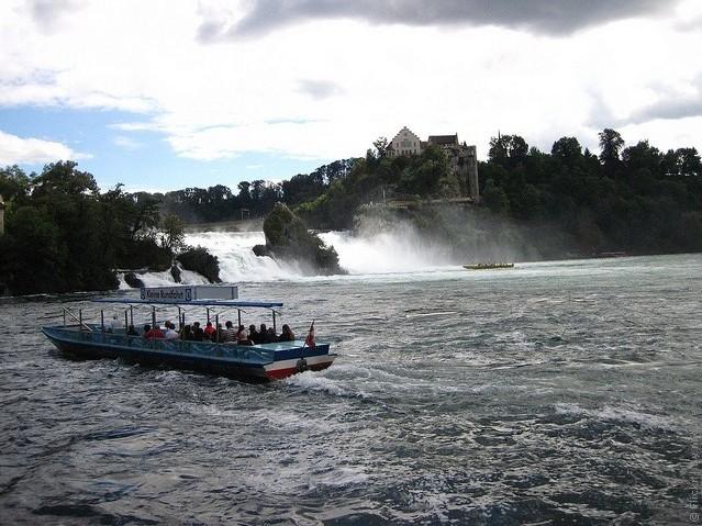 Рейнский водопад на карте