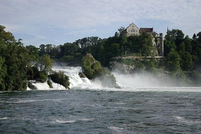 Рейнский водопад фотография