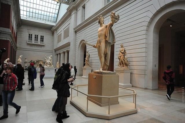 Метрополитен-музей США