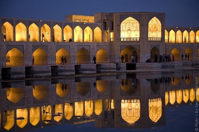 most-khadzhu-isfahan-02