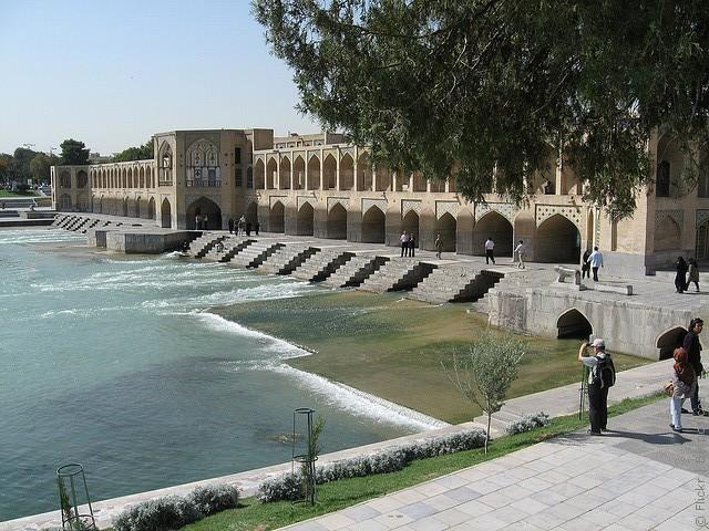 most-khadzhu-isfahan-14