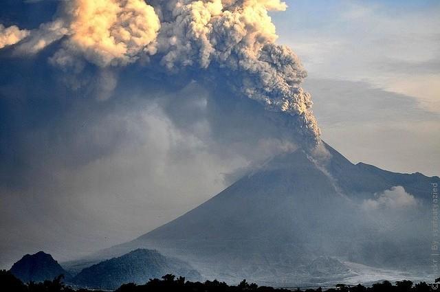 vulkan-merapi-04