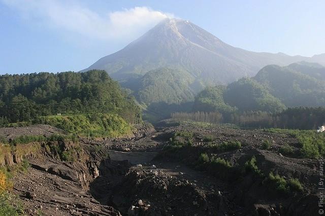 vulkan-merapi-05