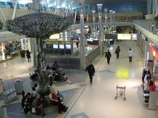 aeroport-imeni-kennedi-10