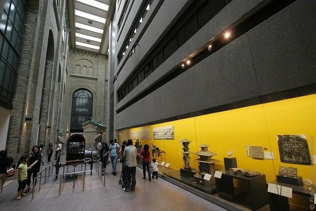 korolevskij-muzej-ontario-12