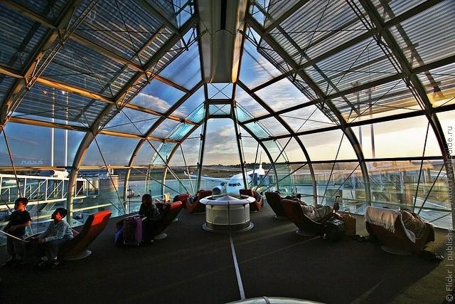 aeroport-imeni-sharlya-de-gollya-01