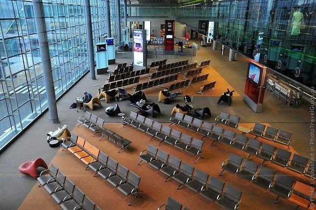 aeroport-imeni-sharlya-de-gollya-03