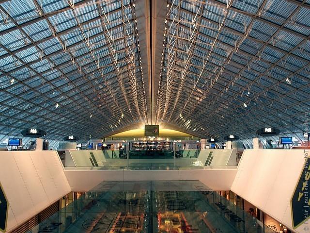 aeroport-imeni-sharlya-de-gollya-10