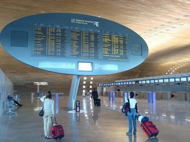 aeroport-imeni-sharlya-de-gollya-17