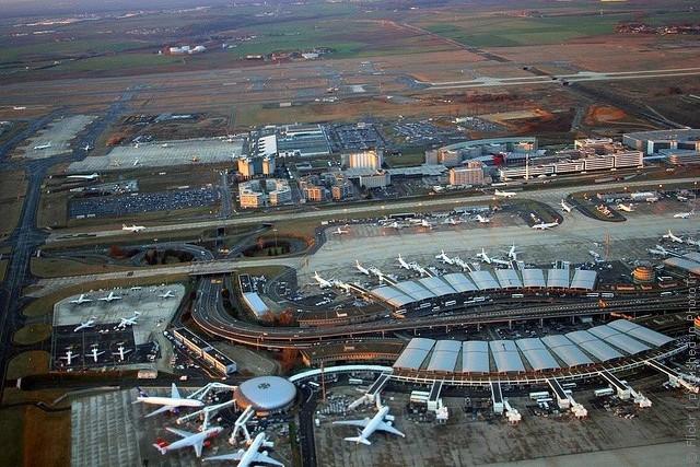 aeroport-imeni-sharlya-de-gollya-19