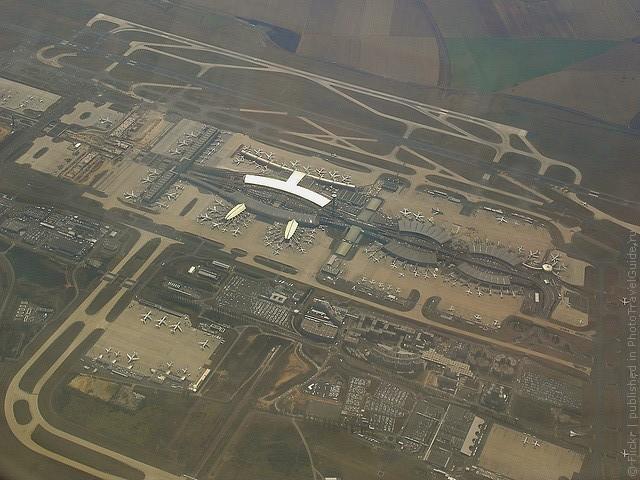 aeroport-imeni-sharlya-de-gollya-20