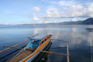 Озеро Матано в Индонезии