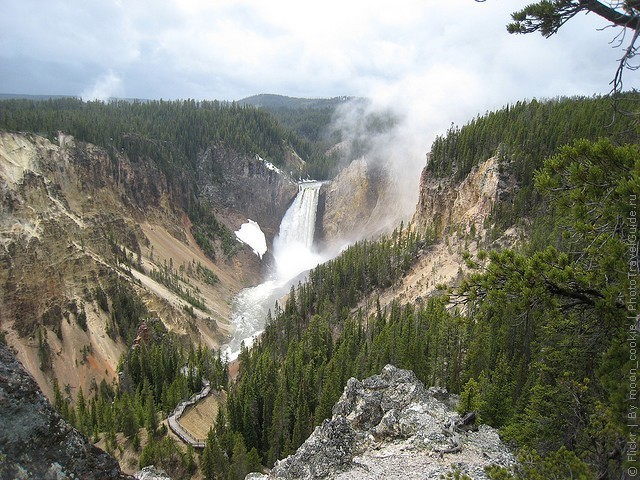top10-nizhniy-vodopad-kanon-yellouston