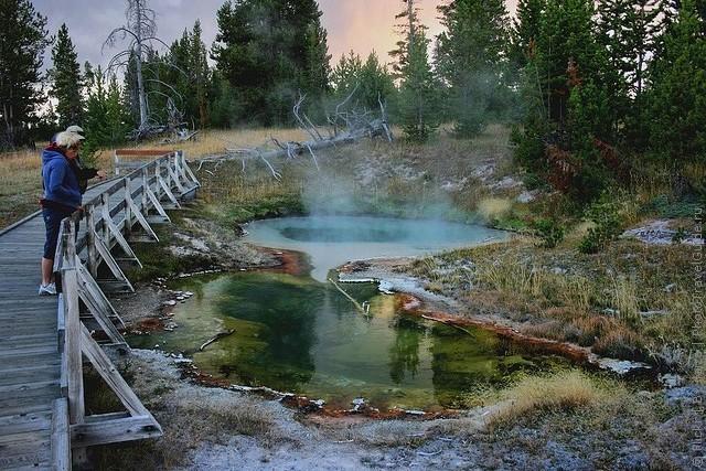 top10-west-thumb-geyser-basin-1