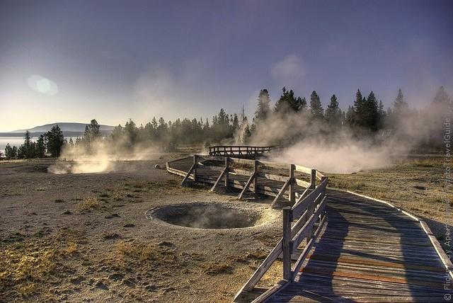 top10-west-thumb-geyser-basin-2