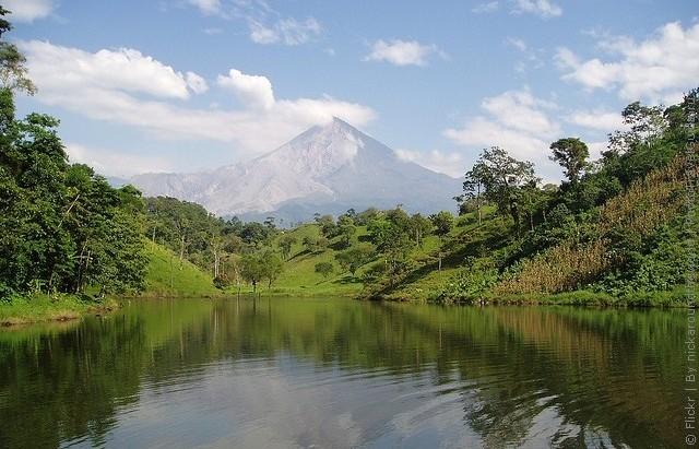 top10-vulkan-santa-mariya-1