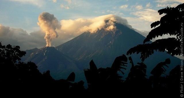 top10-vulkan-santa-mariya-2