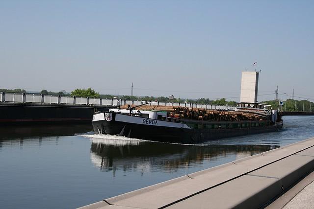 magdeburgskii-vodnyi-most-05