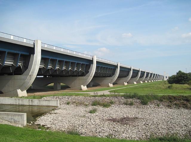 magdeburgskii-vodnyi-most-09