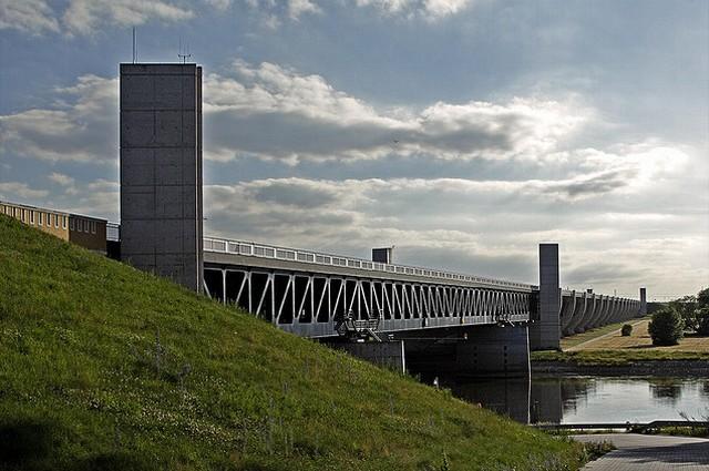 magdeburgskii-vodnyi-most-17