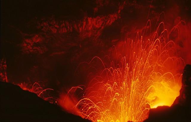 vulkan-yasur-04