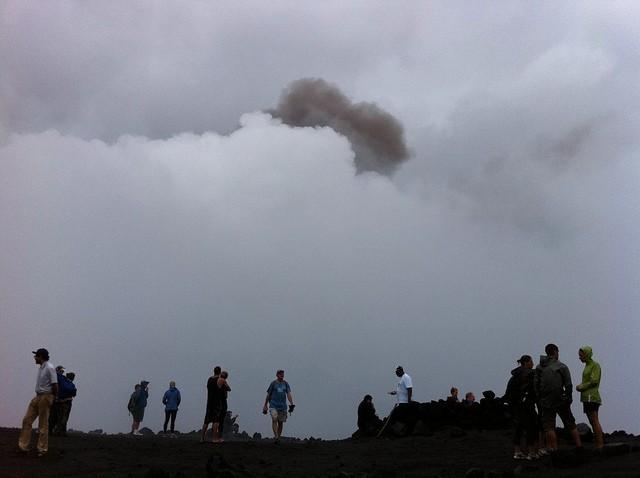 vulkan-yasur-13