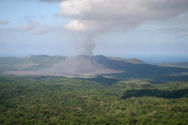 vulkan-yasur-19