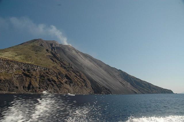 vulkan-stromboli-02