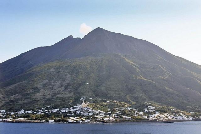 vulkan-stromboli-16