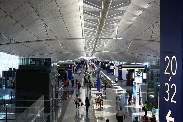 aeroport-gonkonga-02