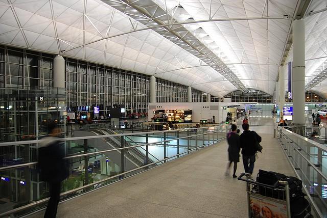 aeroport-gonkonga-15