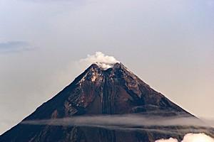 Вулкан Майон (Mayon)