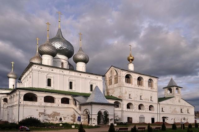 voskresenskiy-muzhskoy-monastyir