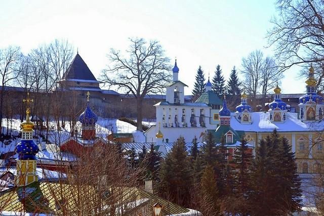 pskovo-pechersky-monastery