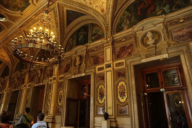 Венская опера фото
