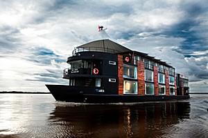 Плавучий отель Aqua Expeditions на Амазонке