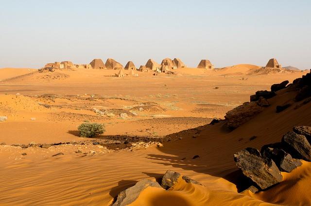 Нубийская пустыня Африка