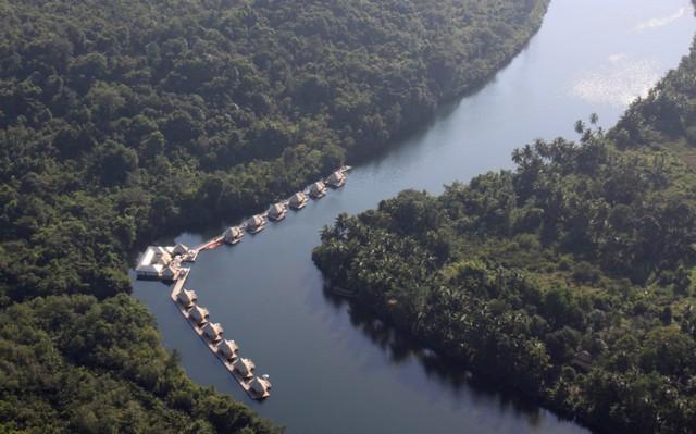 4-rivers-floating-lodge-10