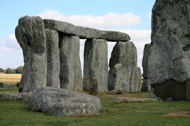 stonehenge-09
