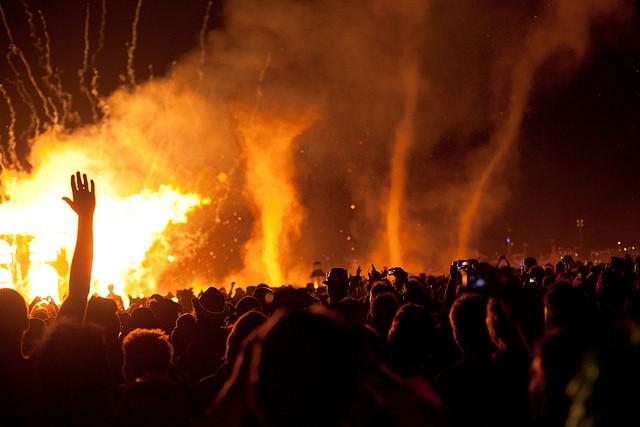 burning-man-19