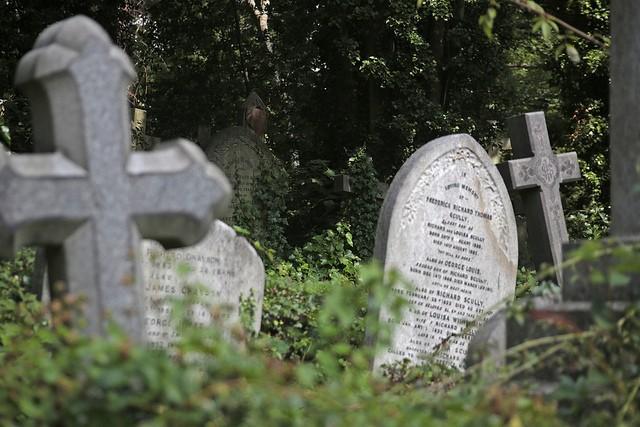 highgate-cemetery-17